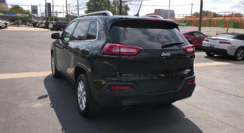 Jeep Cherokee 2016 price $15,900