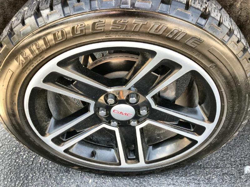GMC Sierra 1500 2015 price $26,900