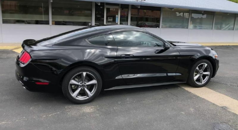 Ford Mustang 2017 price $18,900