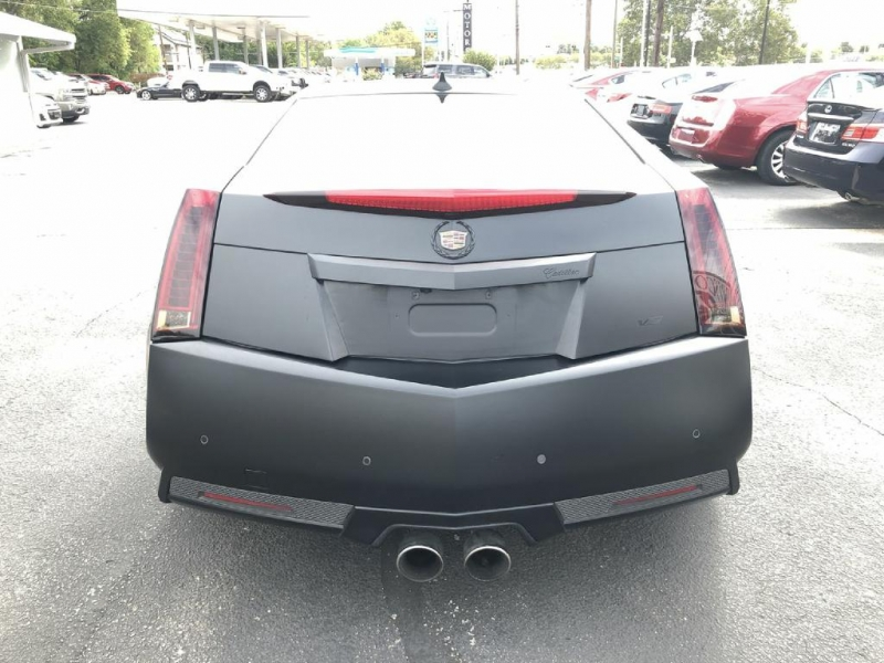 Cadillac CTS-V Coupe 2011 price $29,900