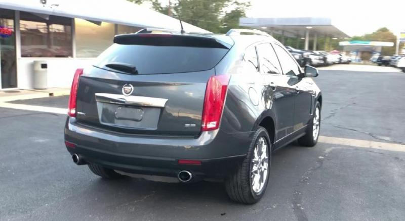 Cadillac SRX 2013 price $15,900