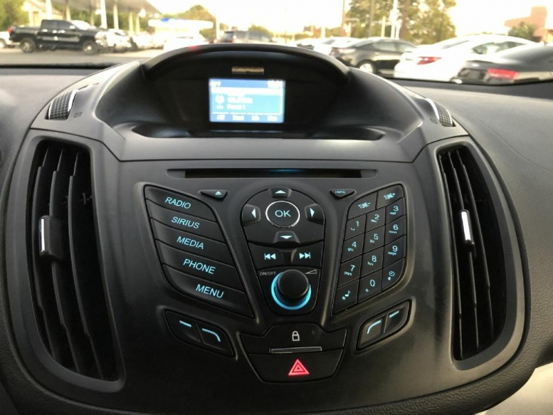 Ford Escape 2015 price $11,500