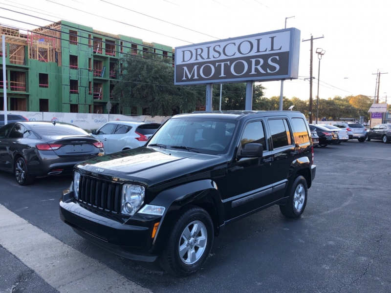 Jeep Liberty 2012 price $9,800