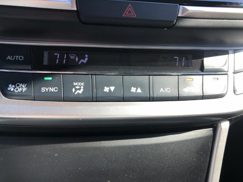 Honda Accord Sedan 2015 price $15,900