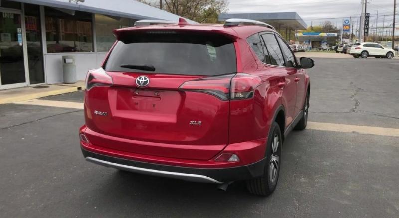 Toyota RAV4 2016 price $16,500
