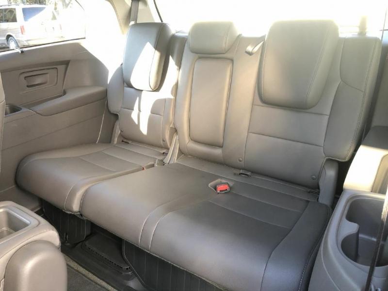 Honda Odyssey 2016 price $20,900