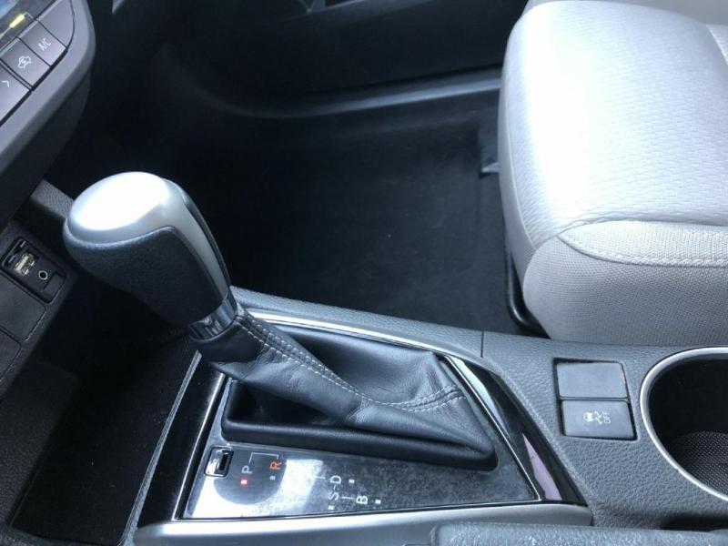 Toyota Corolla 2014 price $10,200