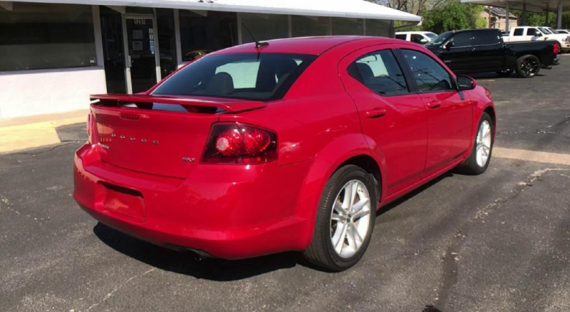 Dodge Avenger 2014 price $7,600