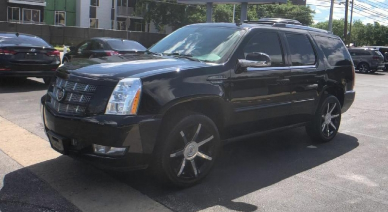 Cadillac Escalade 2014 price $21,900