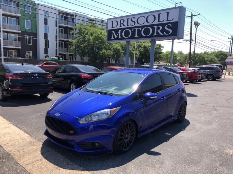 Ford Fiesta 2015 price $10,900