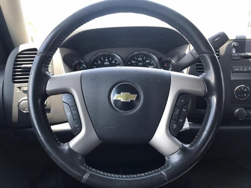 Chevrolet Silverado 1500 2011 price $9,700