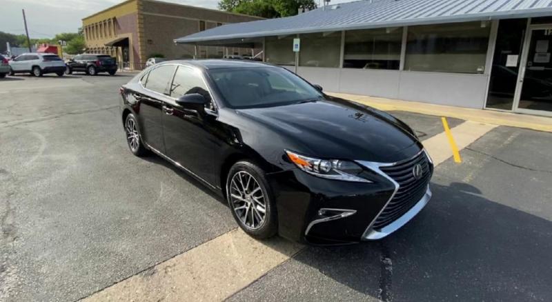 Lexus ES 350 2016 price $21,900