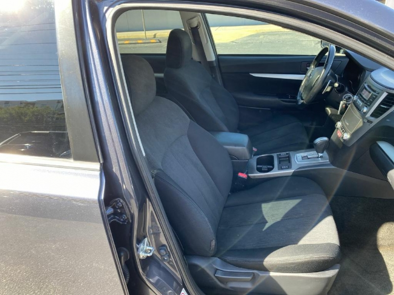 Subaru Legacy 2013 price $11,900