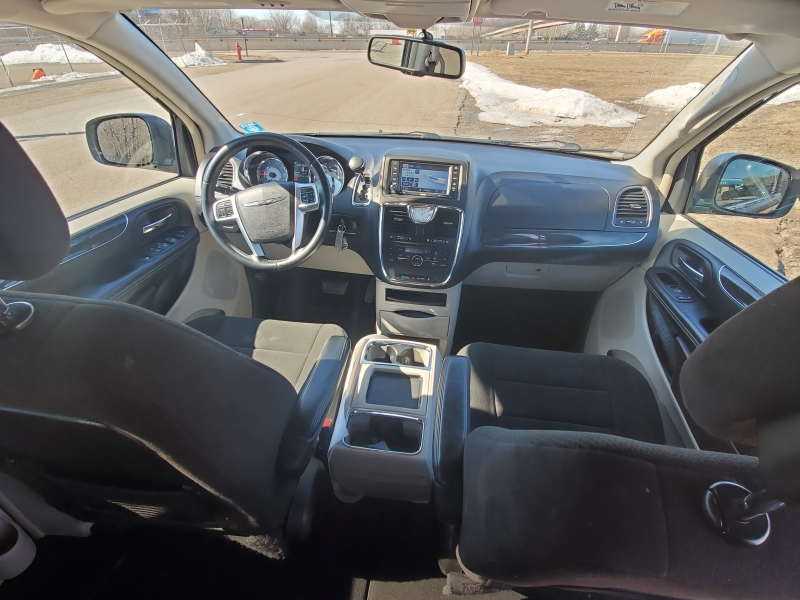 Chrysler Town & Country 2012 price $5,995 Cash