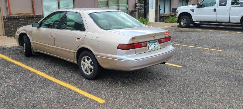 Toyota CAMRY 1998 price $995 Cash