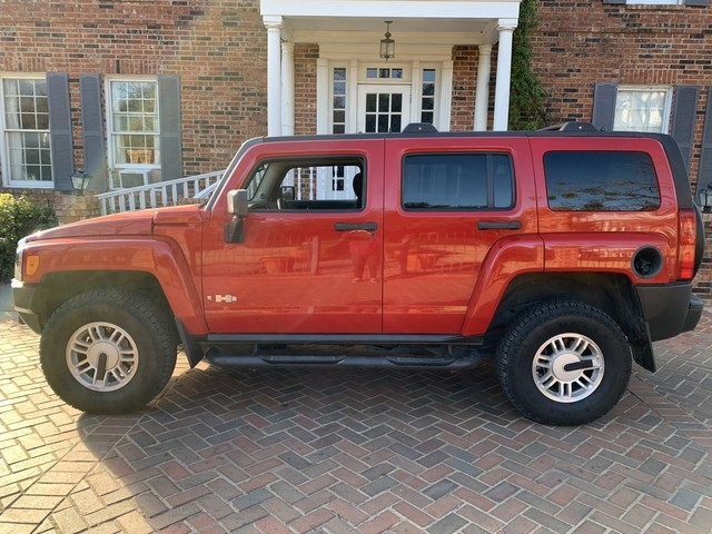 Hummer H3 2006 price $7,498