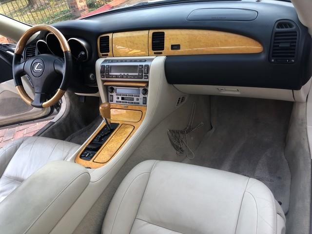 Lexus SC 430 2002 price $10,498