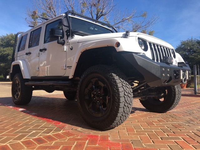 Jeep Wrangler Unlimited 2015 price $27,998