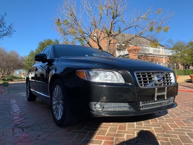 Volvo S80 2013 price $8,998