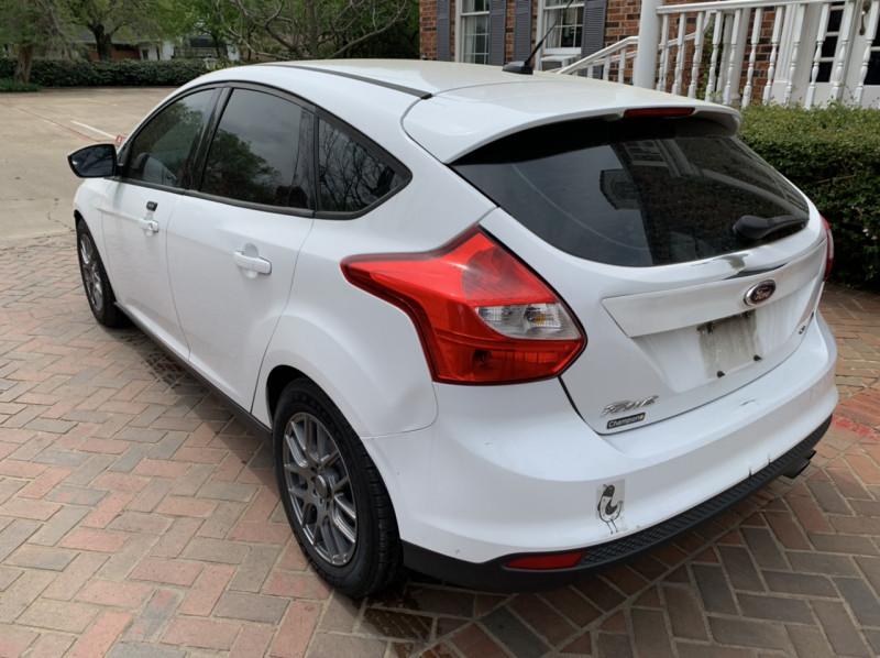 Ford Focus 2012 price $3,498