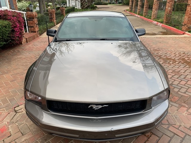 Ford Mustang 2005 price $4,998