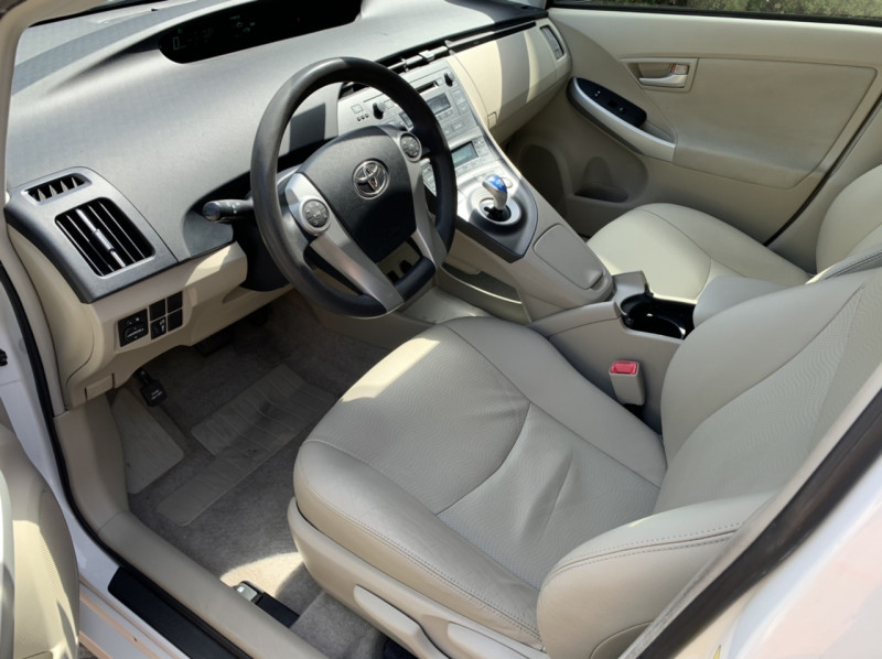 Toyota Prius 2010 price $6,498