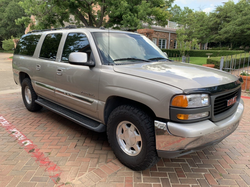 GMC Yukon XL 2004 price $4,298