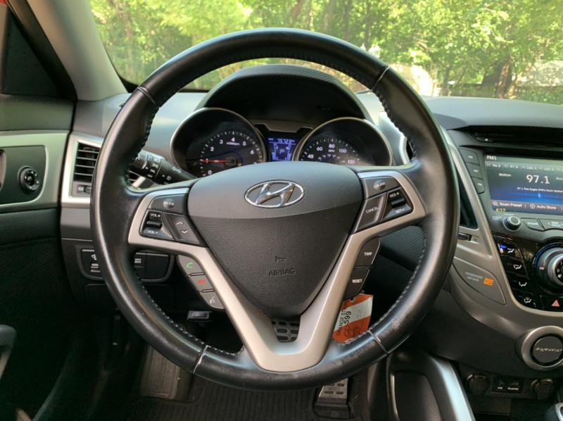 Hyundai Veloster 2014 price $9,998