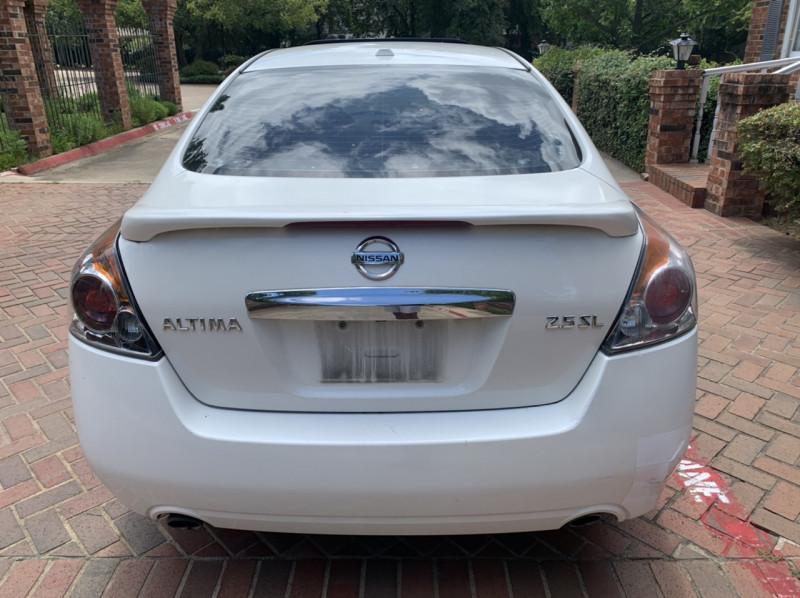 Nissan Altima 2012 price $3,298