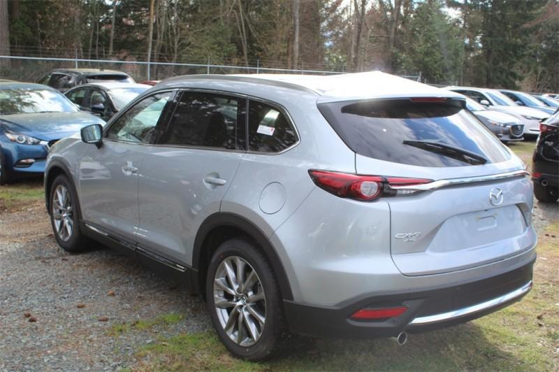 Mazda CX-9 2018 price $37,686