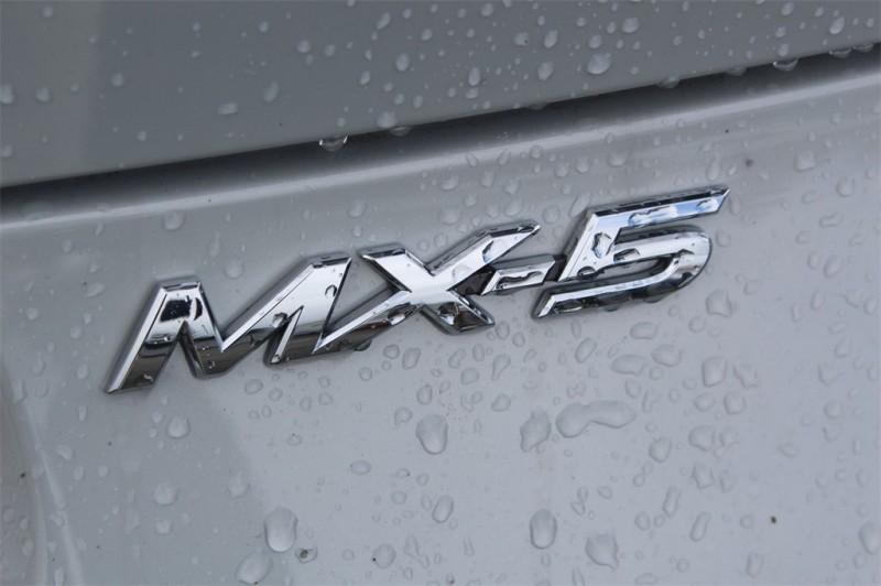 Mazda Miata RF 2018 price $31,454