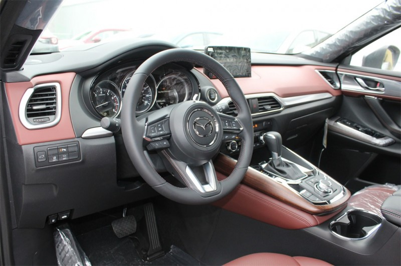 Mazda CX-9 2018 price $40,393