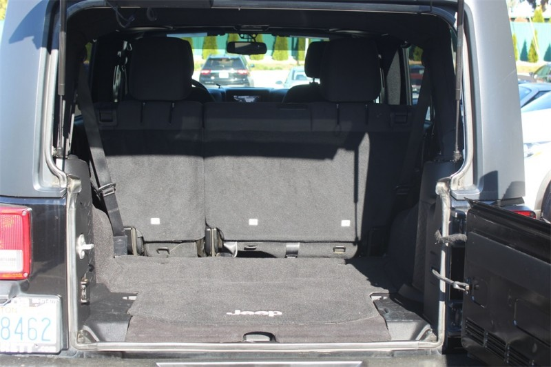 Jeep Wrangler 2015 price $28,999