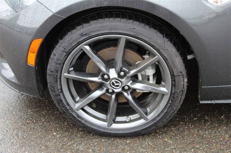 Mazda Miata RF 2019 price $32,657