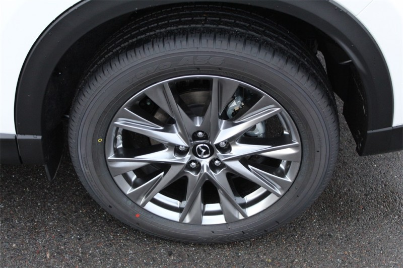 Mazda CX-5 2019 price $37,985