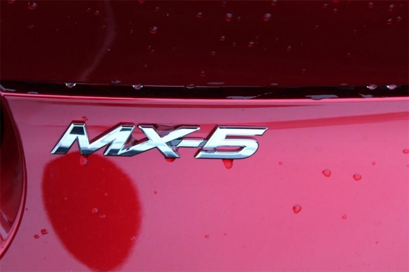 Mazda Miata RF 2019 price $33,835