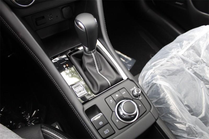 Mazda CX-3 2019 price $25,740