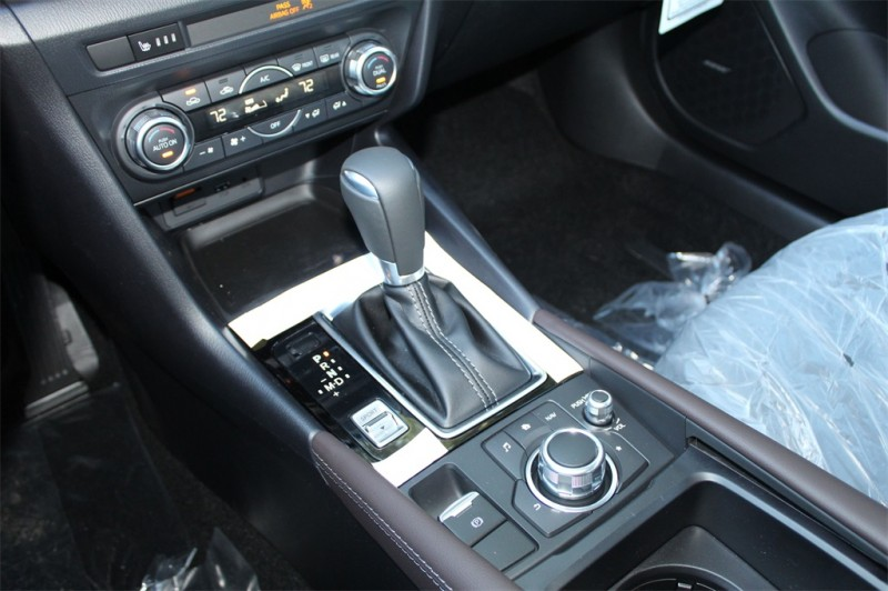 Mazda Mazda3 2018 price $22,678