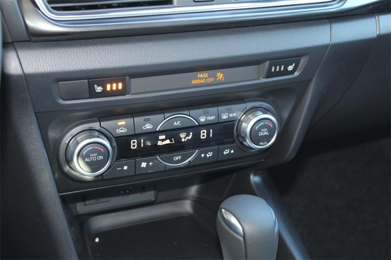 Mazda Mazda3 2018 price $21,921