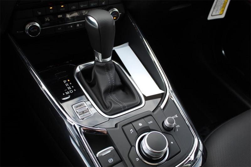 Mazda CX-9 2019 price $39,665