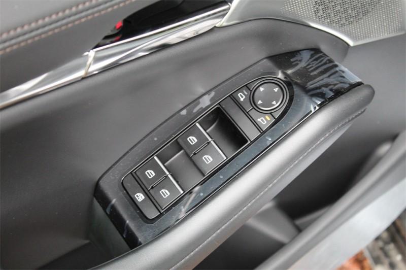 Mazda Mazda3 2019 price $25,276