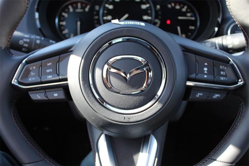 Mazda CX-9 2019 price $47,535