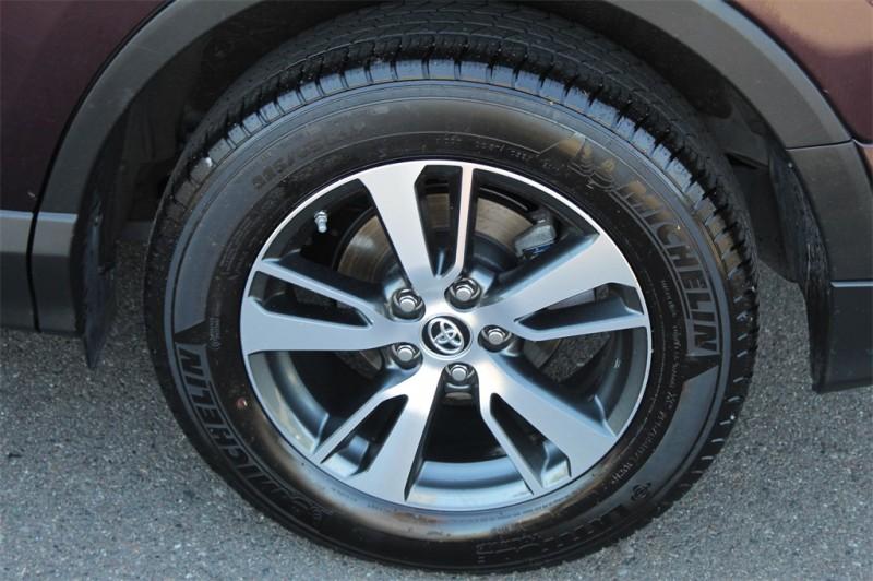 Toyota RAV4 2017 price $22,430