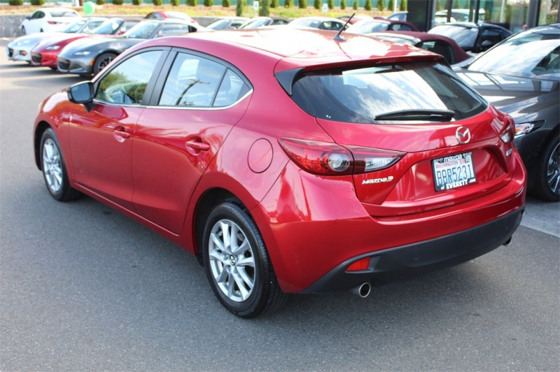 Mazda Mazda3 2016 price $16,999