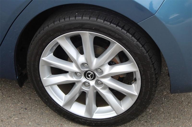 Mazda Mazda3 2017 price $17,999