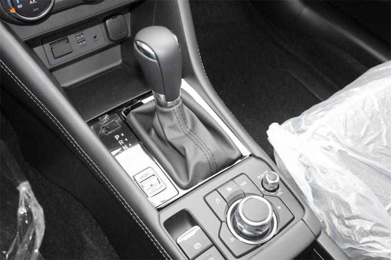 Mazda CX-3 2019 price $26,390