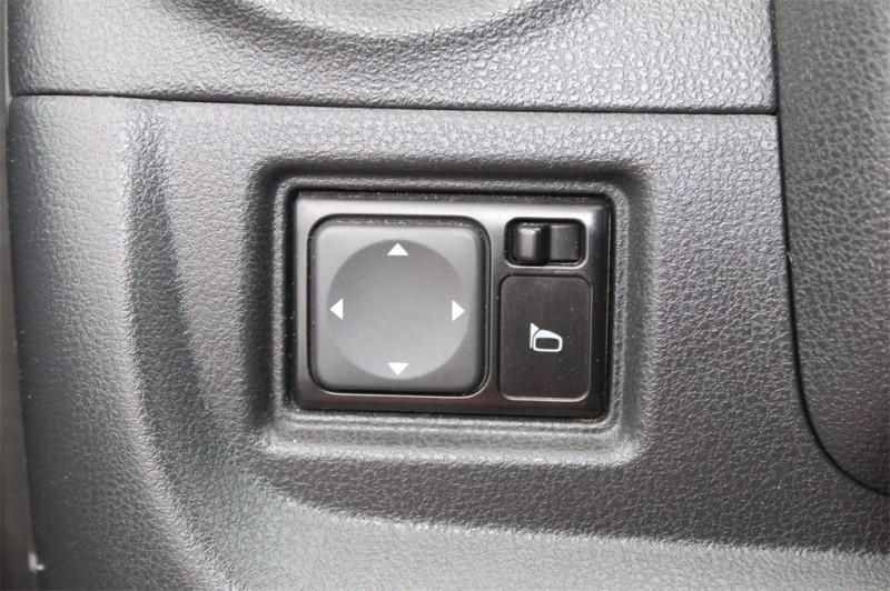 Nissan Versa 2018 price $11,785