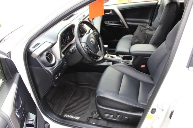 Toyota RAV4 2017 price $25,482