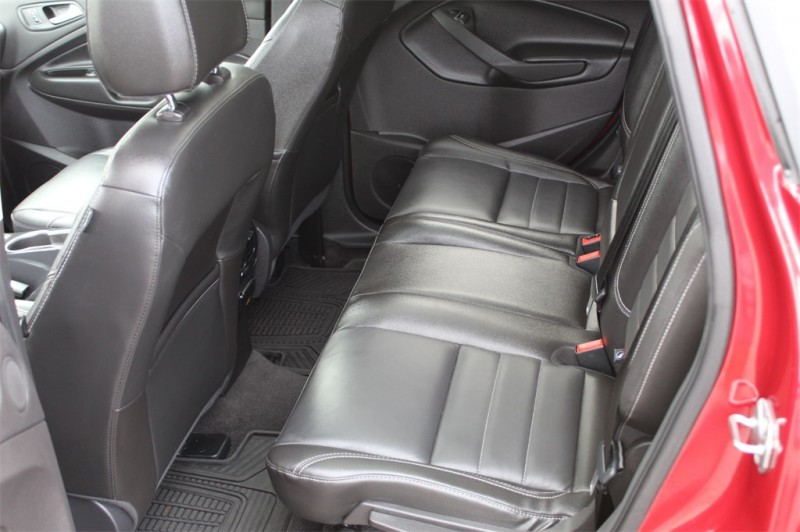 Ford Escape 2015 price $17,602