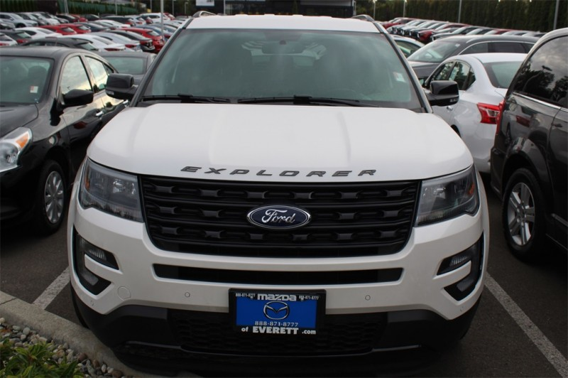 Ford Explorer 2017 price $33,999